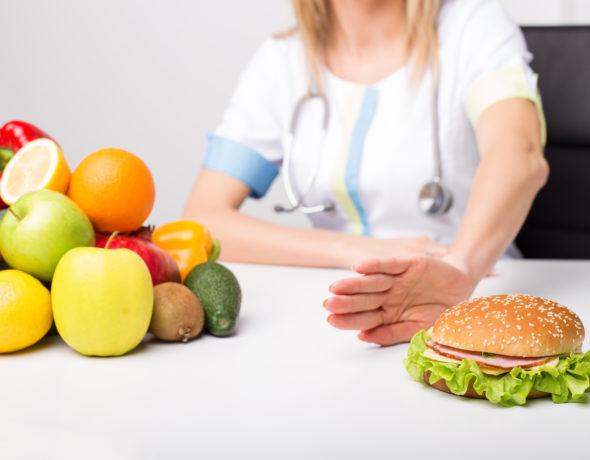 Błędy żywieniowe utrudniające zgubienie zbędnych kilogramów